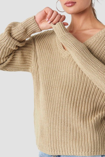 Sarah V Neck Knit Beige